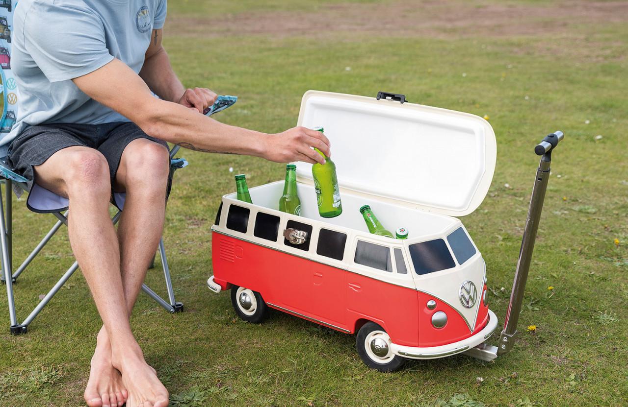 VW T1 Bus Fahrbare Kühlbox rot   5031470222932