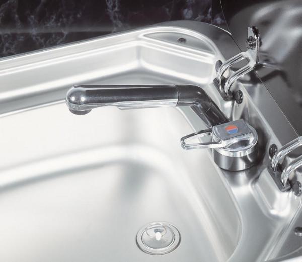 Einhebelmischer mit dreh- und schwenkbaren Auslaufrohr für Spülen