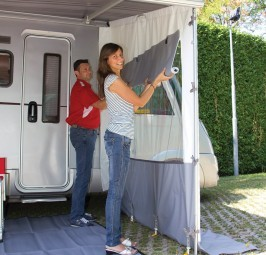 Fiamma Side W Pro Shade links Seitenwand