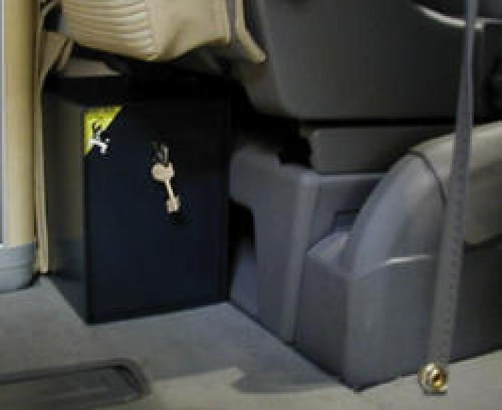 Mobil Safe VW T5 California Fahrzeugtresor mit elektronischem Schloss