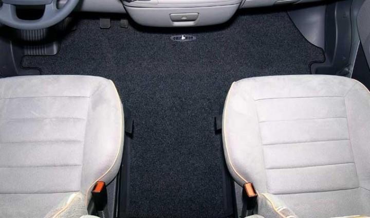 Fahrerhausteppich Ford ab 2006 Luxus Handbremse Mitte