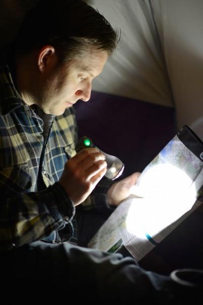 UCO Tetra LED Laterne & USB-Ladegerät