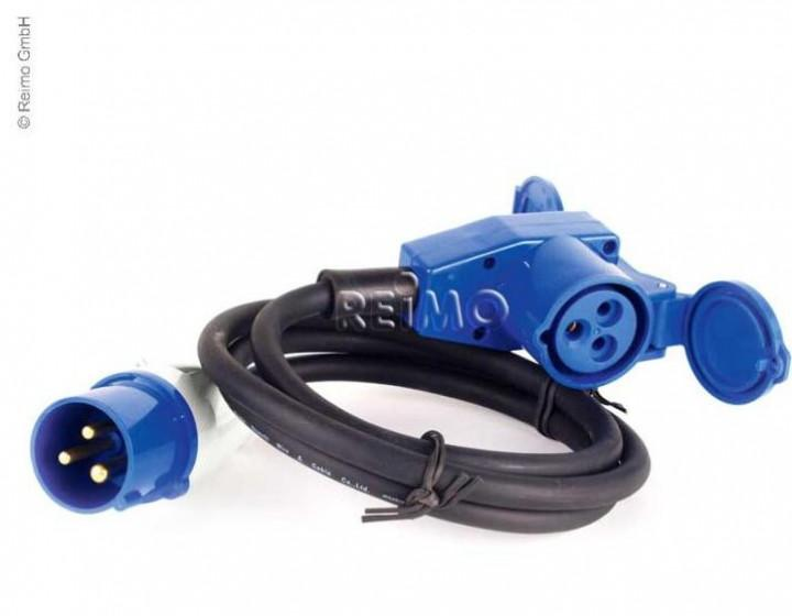 Adapterkabel CEE Stecker/CEE Winkelkupplung mit Steckdose