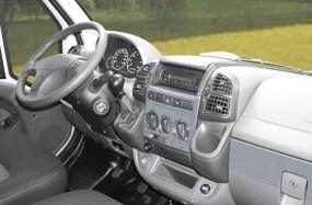 Armaturenbrett-Veredelung Aluminium für Renault Master ab Baujahr 04/2010