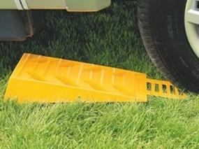 Caravan-Kit Auffahrkeil für Wohnwagen 1 Stück